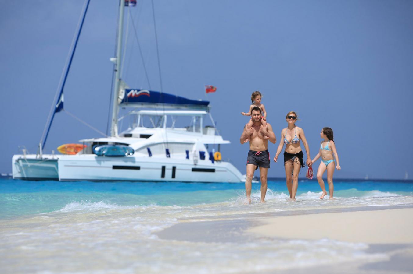 Moorings 5800 catamaran
