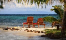 Hachet Cay beach